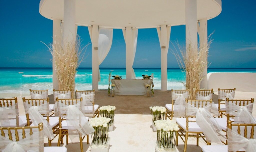 Mexico destination wedding Le Blanc Spa Resort Cancun