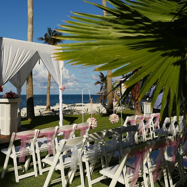 Mexico Best Destination Weddings Cancun Riu Palace Peninsula