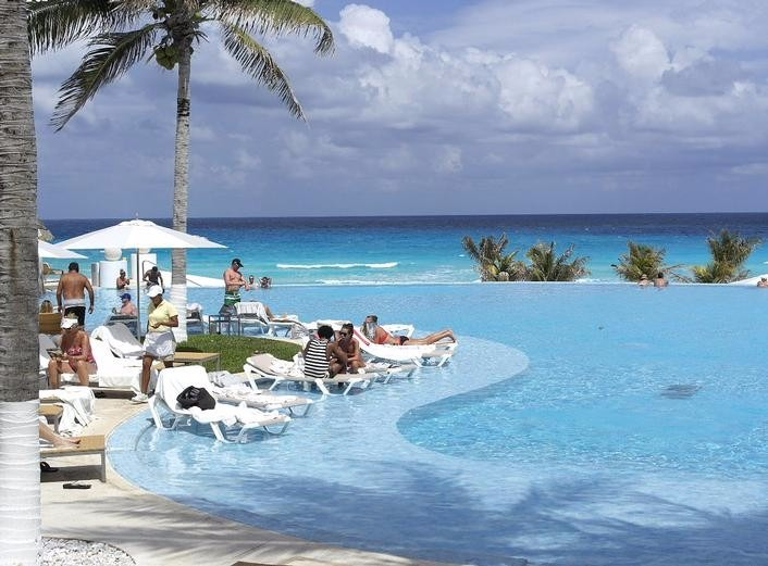 Mexico top destination wedding Le Blanc Spa Resort Cancun