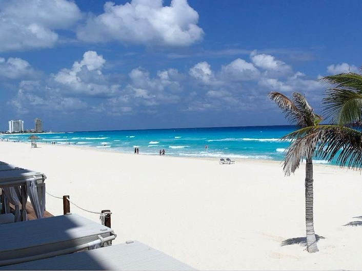 Gran Caribe Real Resort Cancun All-Inclusive Wedding Packages