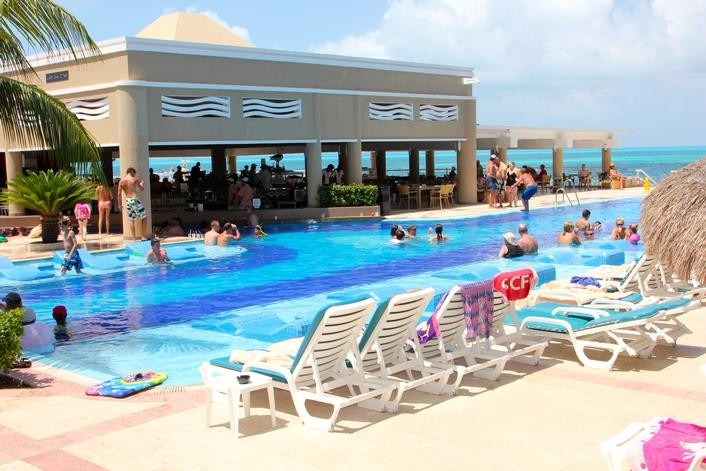 Mexico destination wedding packages Riu Caribe Cancun