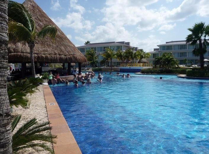 Mexico best wedding destination Moon Palace Cancun Sunrise