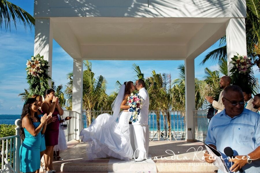 Mexico destination wedding Riu Caribe Cancun