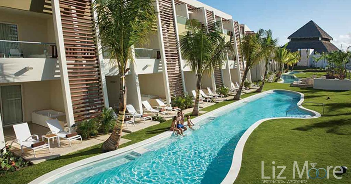 Swim up Suites with balconies and private pool