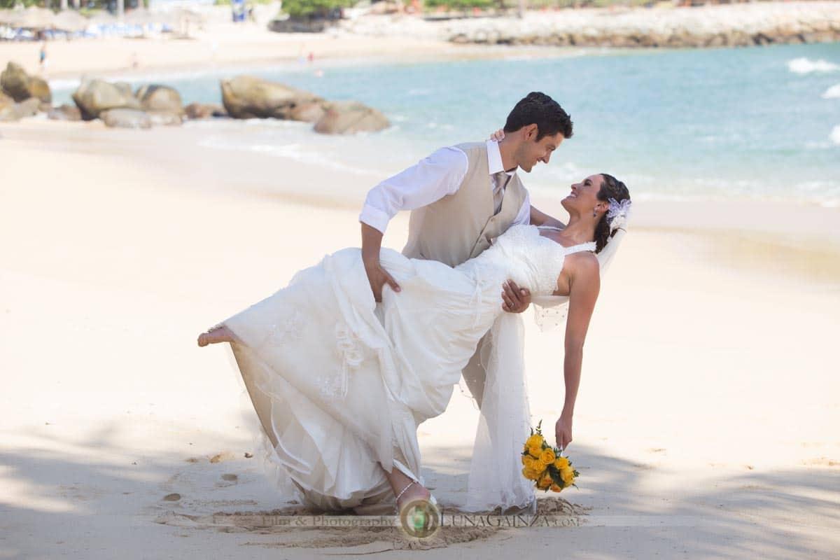 wedding-beach-mexico
