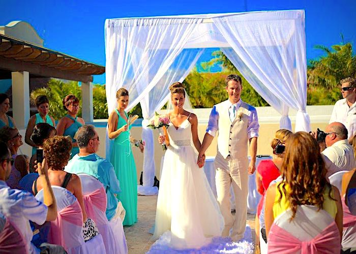Now Larimar Destination wedding