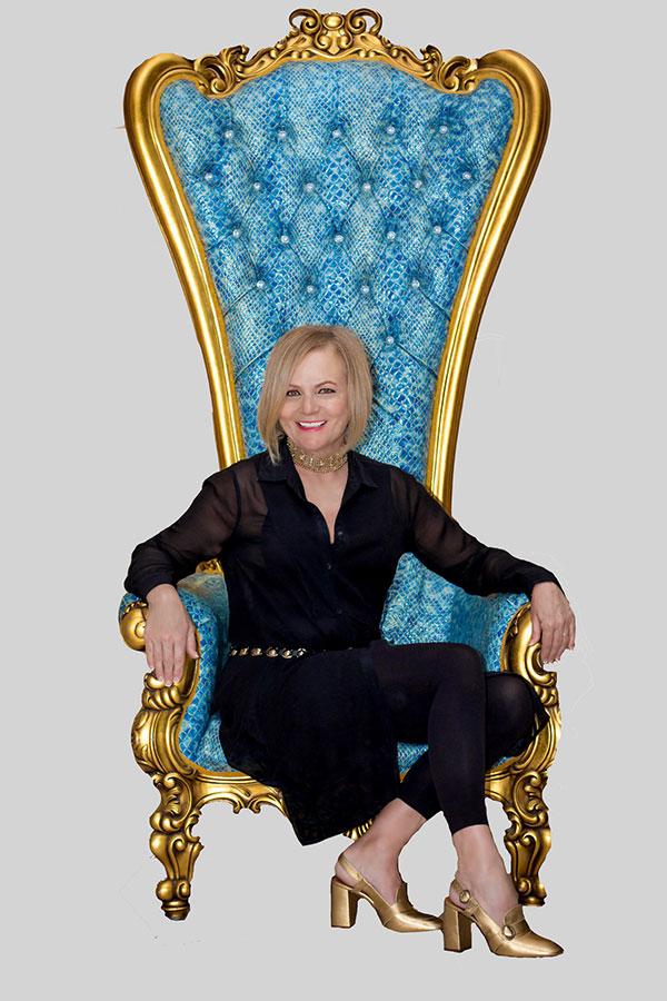 Liz Moore - Wedding Expert