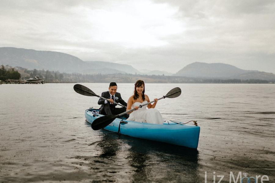 Wedding couple and kayak on the Okanogan lake