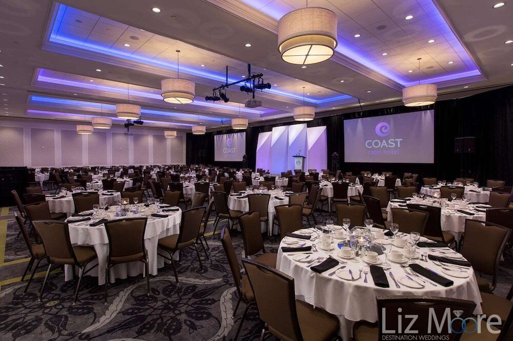 Main banquet room for weddings and receptions with a large seating areas for tables and chairs
