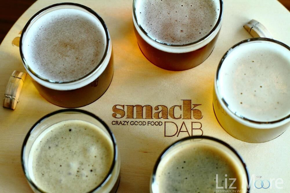 Smack dab Coffee and pastry snack bar