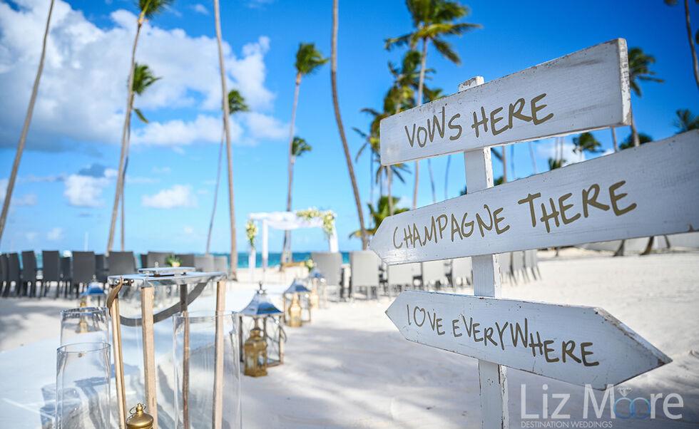 7 Fabulous Destination Wedding Photography Tips